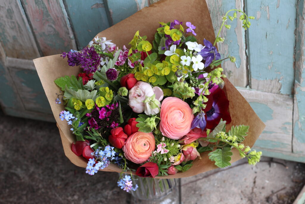 A wrapped spring bouquet using Grace's top tips