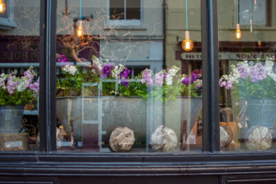 A close up of locally grown British flowers in the window of N0 21 Flowers, Aberystwth, Wales for British Flowers Week 2021. Photo: Naomi Campbell Photography