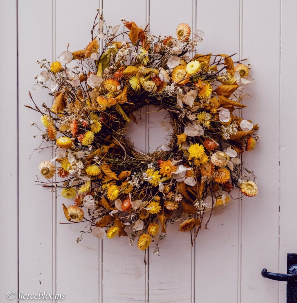 An autumnal wreath with dried helichrysums inspired by the outdoors. Fierceblooms, Cheshire.